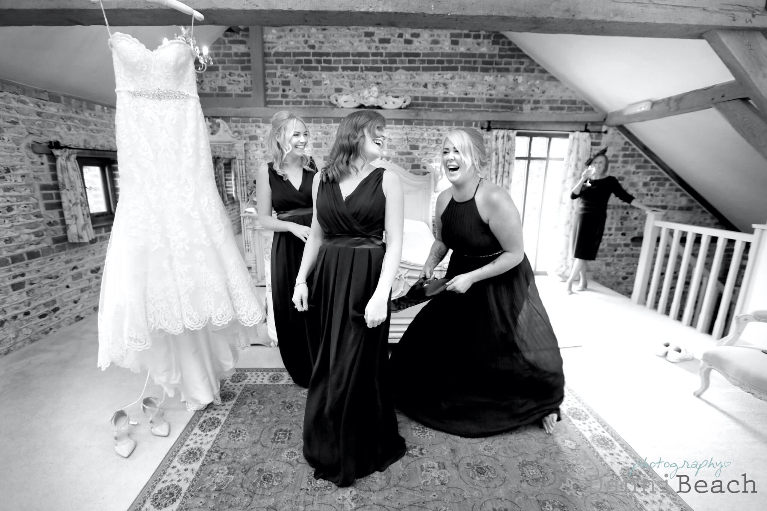 bridesmaid fun natural wedding photographer