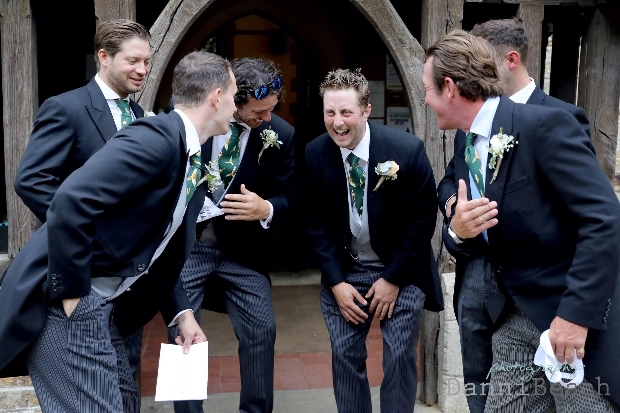 Natural sussex wedding photographer