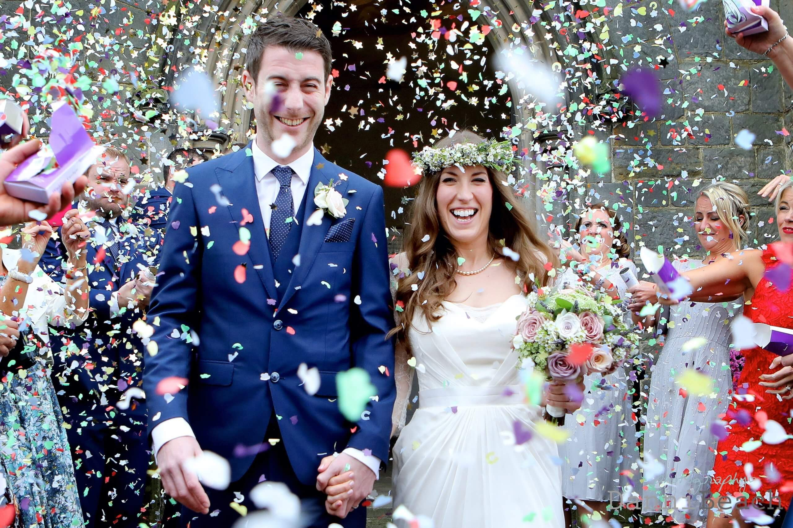 bright wedding confetti how much to pay for wedding photography