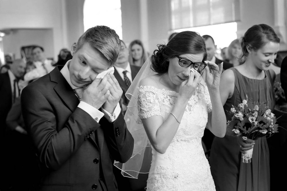 candid wedding photography wedding ceremony